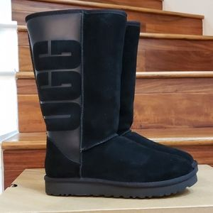 New in Box UGG Classic Tall Rubber Boots